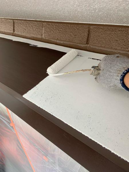 塩ビゾルウレタンプライマー塗布。 可塑剤によるベタ付きを押さえます。