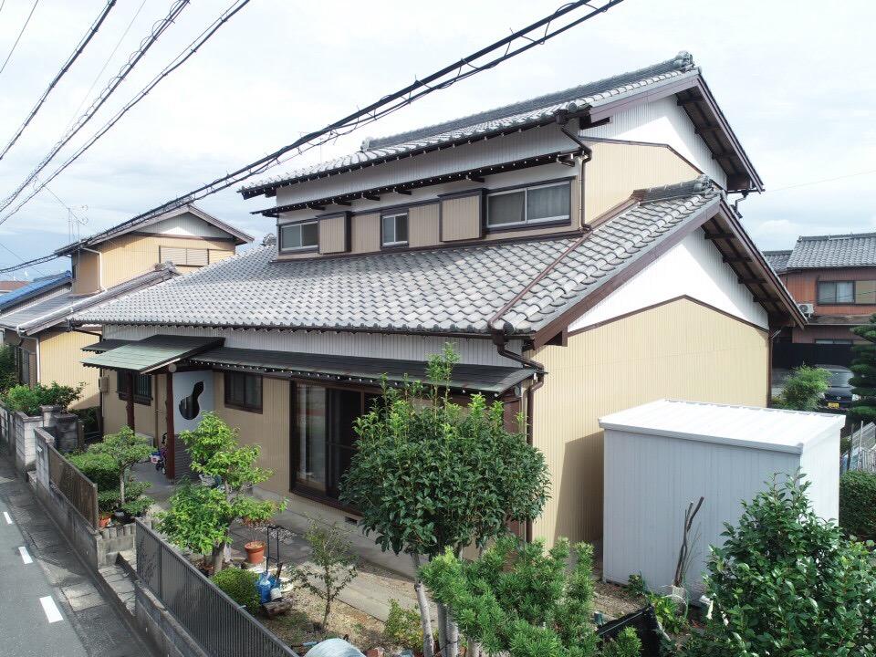 豊川市伊奈町 トタン外壁のお家を高耐候フッソ塗料でリフレッシュ