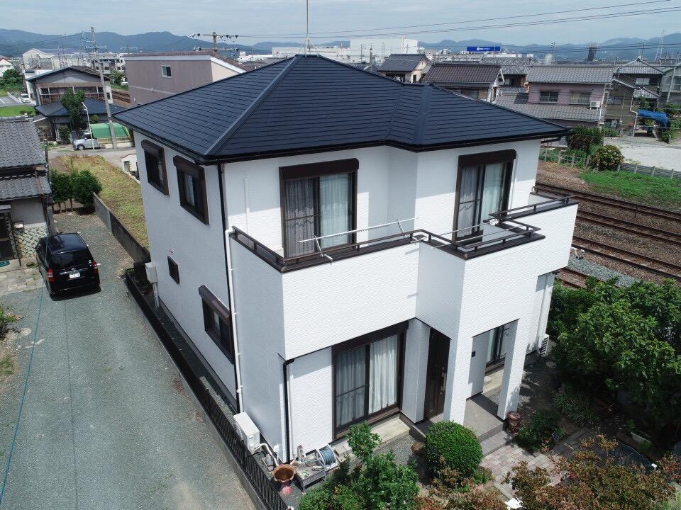 豊川市伊奈町 サイディング外壁をフッソ塗料!屋根は安心ながもち無機プラン