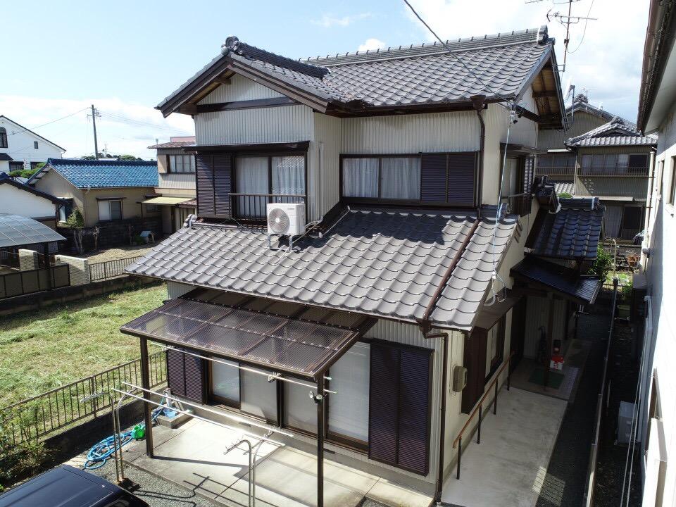 豊川市伊奈町 トタン外壁の和風住宅★ナチュラルベージュで外壁塗装